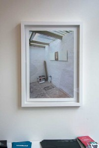 'Creating the whitecube #2', 2014, fotoprint in frame, edition 1//1, 55x75 cm, €1100