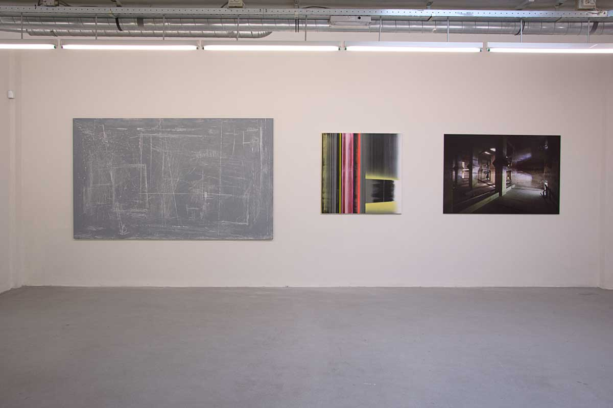 Three works at 'Reverse Causality' (middle work by Mike Ottink)